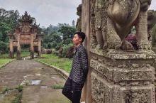 追寻历史的足迹偶遇仁寿县要武村双石牌坊,建造于清光绪年间,距今已有一百三十来年历史,其中一牌坊主人是