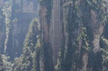大自然的鬼斧神工 沁心的绿 屹立的峰 壁挂的翠 怡然的天空 呼吸新鲜的氧