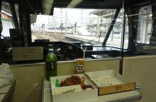 从名古屋坐JR出发,如果你选择商务座那就不必买JRPass了 因为升级很麻烦。 入住汤之岛馆,选择了
