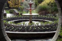奥马鲁花园—古老庭院 地址:Oamaru 9400  奥马鲁花园是新西兰比较古老的一个花园,实际上说