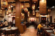 吃惯了湘菜的人到了江南总是担心口味难以接受,特别是江苏和上海都是以甜为鲜,更让人在吃的方面有点畏怯。