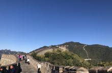 去过八达岭、司马台,这次大清早来到了慕田峪,人流量少的长城,爬的时候好惬意。
