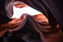 格兰峡谷大坝  峡谷色彩艳丽,造型奇异