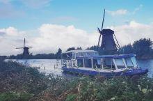 11天的欧洲莱茵河四国维京之旅,瑞士开始,风车王国荷兰结束。河轮就是一部移动酒店,它把在路上的无聊时