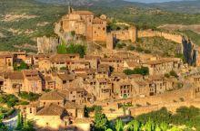 """Alquézar中世纪小镇,被评为2018年西班牙旅游局官方认证的""""西班牙30座最美小镇""""之一。 小"""