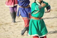 来自蒙古国的大型实景演出《成吉思汗的黑纛》在陕西泾阳龙泉山庄上演,让西安及周边游客可以不用出省,就能