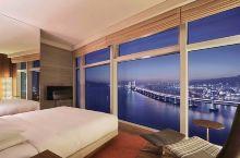 这房间的景观也太像明信片了吧|釜山海云台柏悦酒店  去海云台之前 我对这三个字的印象 还停留在韩国一