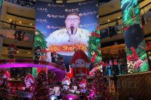 圣诞节快乐!正好赶上圣诞,到处都是浓浓的节日气氛~去了马来西亚云顶世界~云顶世界的LED屏幕真的运用