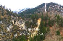 天鹅堡周边的绝美山水画,玛丽安桥和雪山森林湖泊 【景点攻略】 亮点特色: 众所周知无论中外的皇帝或国