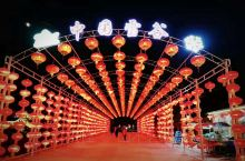详细地址:         中国雪谷位于黑龙江省哈尔滨市五常市山河镇林业局内的山谷里,总面积约1