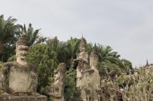 香昆寺睡佛和佛像