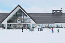 岩手县的安比高原滑雪度假村位于日本东北岩手县八幡平市,被称为日本本州纬度40度以北最大的滑雪度假中心