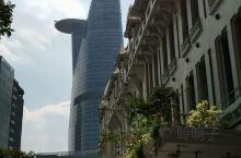 胡志明市的金融塔,它是胡志明市的地标性建筑,亦是胡志明市一大旅游景点。为胡志明市第一、全越第二高的摩