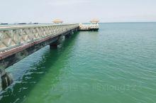外沙海鲜岛位于北海北部,四面环海,呈带状,拥有2公里的绵长海岸线,最适宜观海。