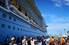 皇家加勒比邮轮停靠苏比克湾