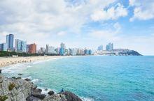 釜山和济州岛阳光沙滩必须安排上!海云台海水浴场作为韩国最有名的海洋休养地,水中含有少量的氡元素,有利