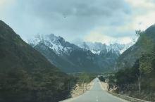 听说多瀑沟是非常美丽的地方,之前经过四川甘孜州的德格县时,与它擦肩而过。这次我们再经过德格县时没有停