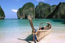 20160428 普吉岛位于印度洋安达曼海东南部,离泰国首都曼谷867公里,是泰国境内唯一受封为省级