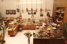 拉巴特·拉巴特-萨累-盖尼特拉大区   【美食攻略】 店名:Maymana  拉巴特当地蛋糕店,在巴