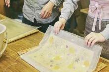 绝美日本和纸的手作之旅  趣味程度: 难度系数:   和纸工艺,是日本人引以为豪的传统手工艺之一。在