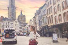 𝓐𝓷𝓽𝔀𝓮𝓻𝓹~ 来到了时尚之都安特卫普,这座城市被公认为世界级的前卫时尚中心,这种声誉归功于汇聚在