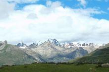 G318,翻越海拔4685米的海子山,美丽圣洁的姊妹湖。