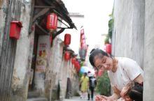 """宏村景区应该被称为""""徽州古城"""",能够代表真正的徽州文化,看徽州风情来宏村就可以了,徽州古城就是鸡肋,"""