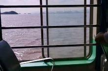 这样悠闲的坐船也是蛮舒服的