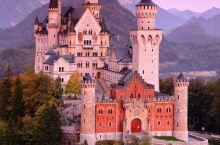 新天鹅城堡仿佛只存在于童话世界,城堡中有王子,正在寻找水晶鞋的主人。