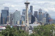 太空针塔 太空针塔是位于西雅图的观景塔,也是西雅图的地标建筑之一。太空针塔高184米,是西雅图著名景