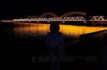 哈尔滨松花江老铁桥非常值得一看,既有历史文化,又有时空转换。