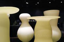 推荐理由: 富山市玻璃美术馆常年设有玻璃艺术展览,玻璃美术馆引进了无线照明控制系统,通过在每一台灯具