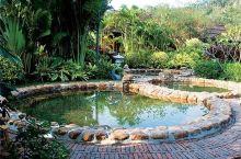 清流的天方夜谭不错哦,有很多不同功效的温泉可以泡,还有一个池有小鱼啃脚。