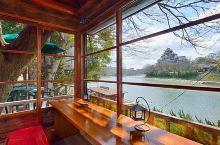 冈山自由行时除了去冈山城玩之外,推荐去这家「Cafe&Restaurant&Boating 碧水园」