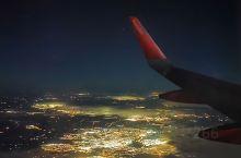 美丽的夜空下的画面