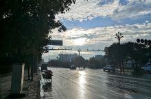 楚雄调查第三天,天空不做美,阴雨绵绵,冷得不要不要的。计划主要先把道路盘完,这里的路一条有好几种版式