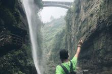 恩施大峡谷,位于世界硒都——湖北省恩施市境内,被专家赞誉可与美国科罗拉多大峡谷媲美。峡谷全长108公