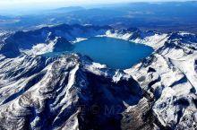 长白山天池(Changbai mountain pool in the sky)是一座休眠火山,火山