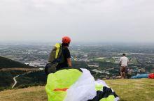 江苏无锡的滑翔伞基地,我在这里学习滑翔伞🪂哈哈哈风景一般,感觉很棒