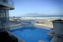 南非开普敦!酒店对面的桌山实图