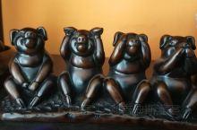 科伦坡duplixation road 上的nirirake,专营精美的瓷器,各种漂亮高贵的感觉 不