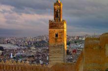 非斯麦地那的黄昏 — fes Medina