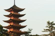 著名海上大鸟居在此---广岛宫岛 【打卡著名景点】 广岛除了美术馆还有一个十分出名的景点就是海上大鸟