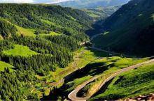 """最美公路,独库公路就要开通啦!独库公路距离乌鲁木齐市300多公里,地处天山中段,南北走势,北起""""石油"""