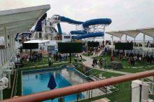 甲板水上乐园