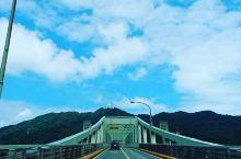 高大壮观的金刚巨人 出差从境港站出来,听说附近有座大桥,想着正好去散散心,查了导航说步行约29分钟,
