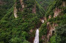 我是6月7号去的,真的是很棒的地方,瀑布很给力,水清秀,适合夏季避暑,前段路程十分幽静,感觉走在小溪