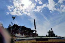 塔尔寺,真没意思,人多且没什么可以看的寺庙大同小异,酥油花雕塑,其实感觉就那样。