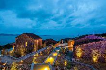 平潭岛是祖国大陆离台湾最近的大陆岛屿,也是福建第一大岛,中国第五大岛,两岸的亲缘元素也被引入到读旅民