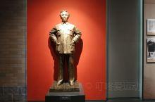 南昌八一起义纪念馆,很好的爱国主义教育基地。可以了解建军的背景,过程,革命的艰辛,先烈的牺牲精神,为